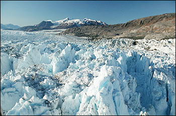 Post image for Warmer Summers May Actually Slow Down Greenland Glacier Flow